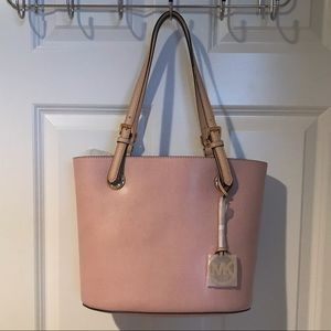 New! MK Jet Set Leather Medium Tote in Blossom